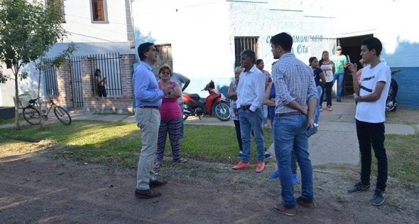Capitanich  supervisó trabajos y definió con vecinos acciones prioritarias de mejoramiento urbano