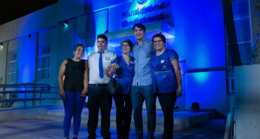 El municipio se Iluminó de azul para tomar conciencia sobre el Autismo
