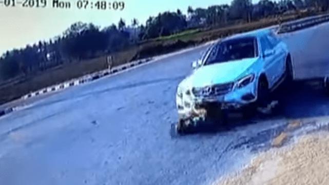 Impactante video: camioneta pasó por encima a pareja que andaba en moto