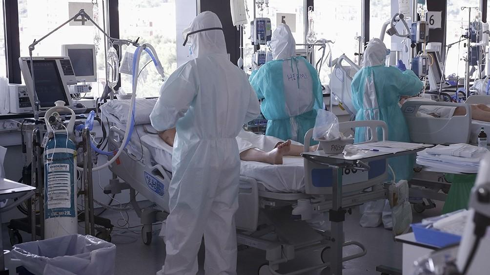 El incremento diario de los contagios fue de un 2,8%, con lo que se mantiene en la tendencia de los últimos días.
