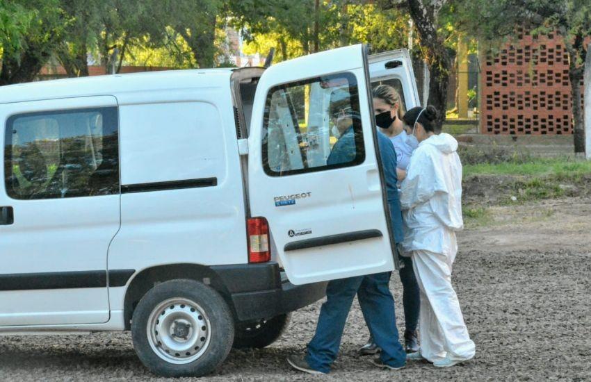 Los Laboratorios locales trabajan en el análisis de muestras para detectar el coronavirus
