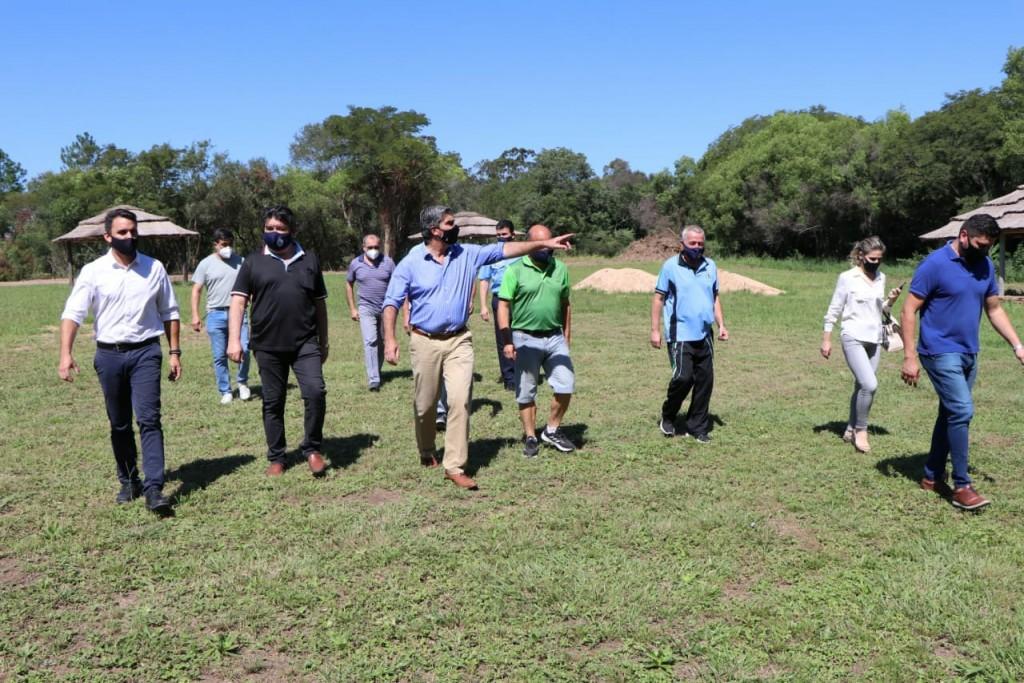 Capitanich recorrió las obras de infraestructura en la asociación mutual del círculo de Oficiales del Chaco