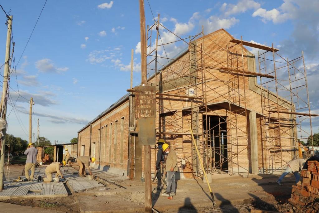 El gobierno avanza con la reconstrucción de la capilla de Santa Rita y del centro de adicciones Cura Brochero
