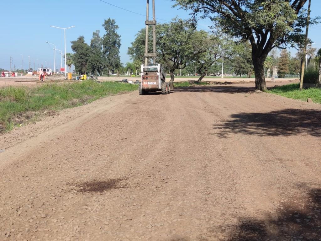 Vialidad provincial trabaja en la avenida Marconi a la altura que conecta Resistencia con Fontana