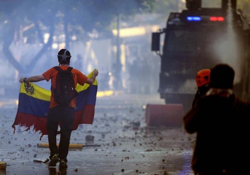 40  MUERTOS EN LAS PROTESTAS DE VENEZUELA