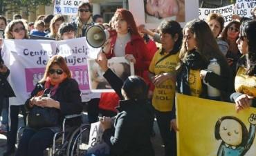Mujeres marcharon contra la liberación del agresor de Pamela Famoso