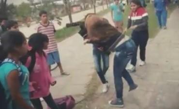 La estudiante apuñalada se encuentra estable: Familiares pidieron justicia
