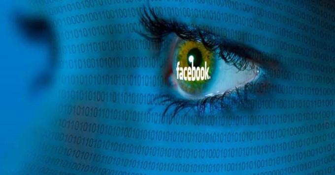 Multan a Facebook por espiar a sus usuarios