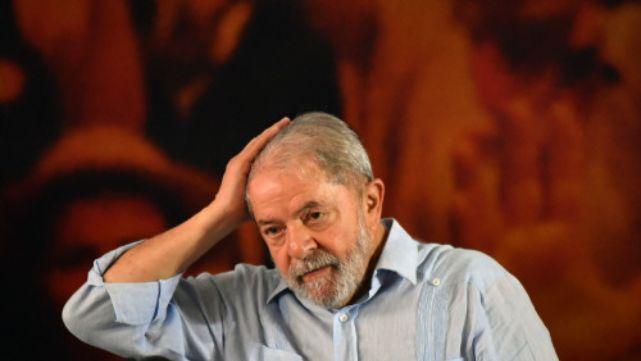 Lula apuesta a la Corte a un mes de su detención