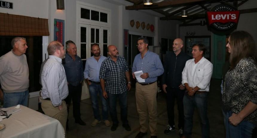 Junto a vecinos, el intendente analizó la prestación de los distintos servicios municipales en Villa Fabiana Sur