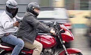 Atropelló y mató a motochorro que le robó el celular en Balvanera