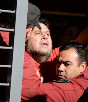 Liberan a 8 trabajadores del subte y trasladan a Segovia al hospital
