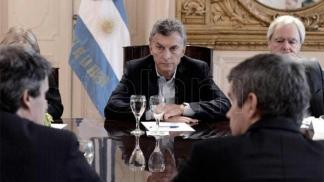 Macri recibe a un emprendedor y encabeza una reunión del gabinete