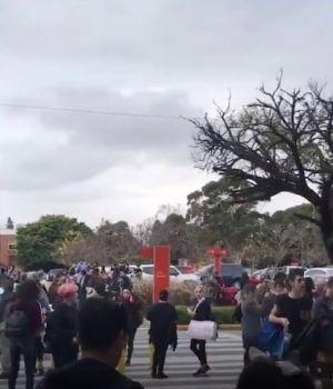Recibieron una amenaza de bomba y evacuan el shopping Unicenter de Martínez