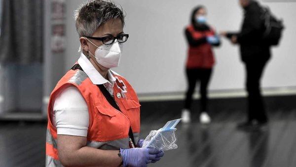 Las muertes por Coronavirus en el mundo superan las 300.000, mientras la economía se desploma
