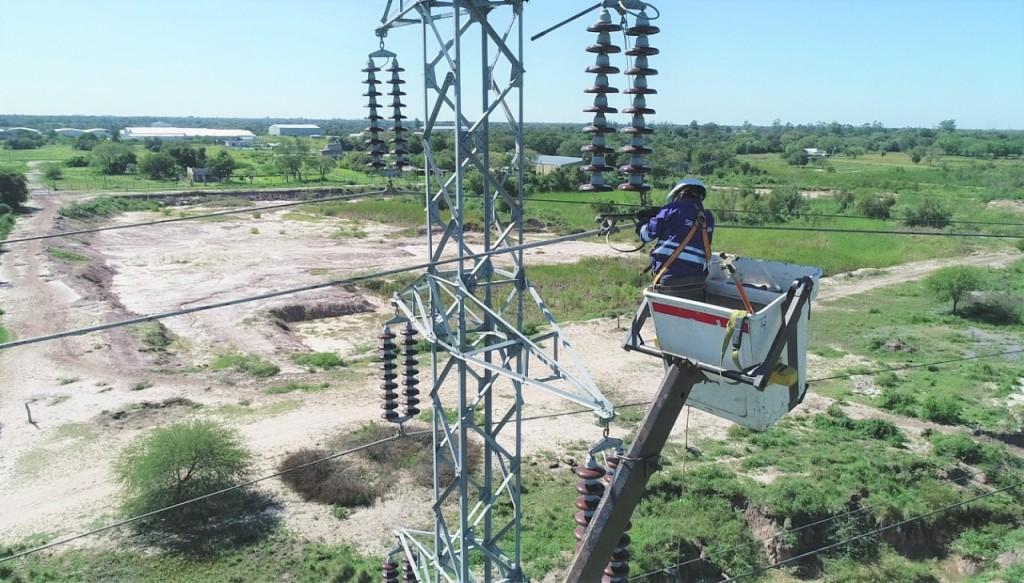 Secheep realizó cambio de aisladores y mantenimiento en líneas de alta tensión