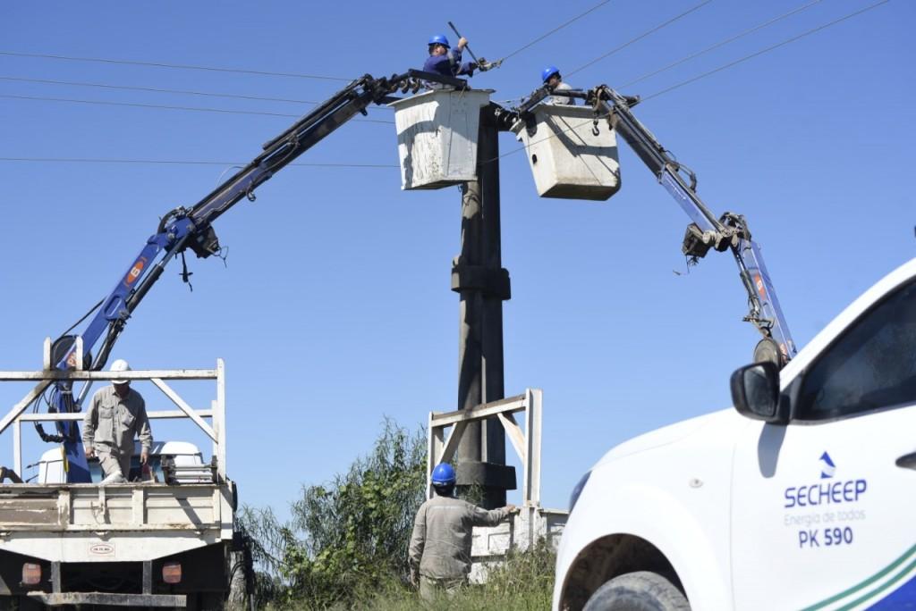 Secheep avanza con la reconversión de la red eléctrica que mejorará el servicio en la Isla del Cerrito