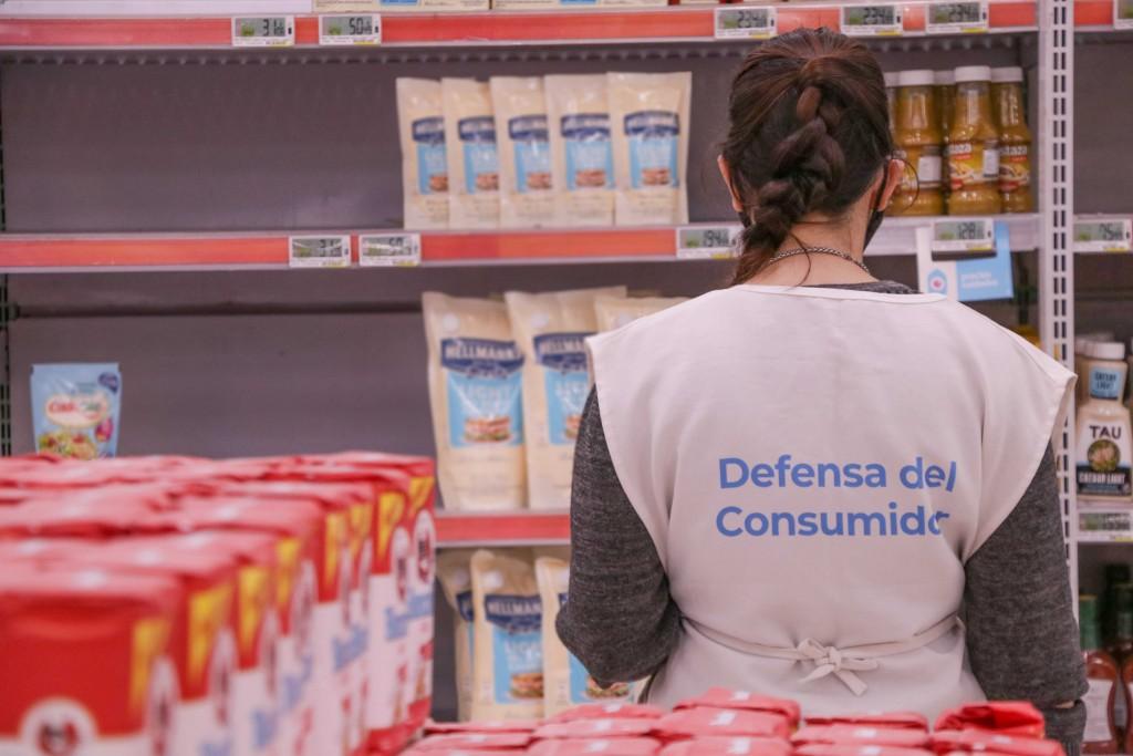 Defensa del consumidor fiscalizó cumplimiento de precios cuidados y el acuerdo de cortes cárnicos