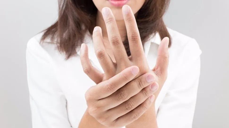 Con este movimiento del pulgar podrías saber si padecés una enfermedad cardiovascular grave