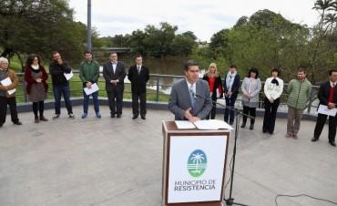 Resistencia tendrá su bandera: Capitanich presentó las bases del concurso y llamó a la participación ciudadana