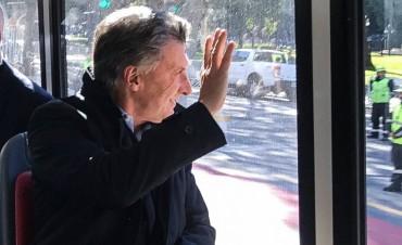 El Presidente inauguró el Metrobus del Bajo