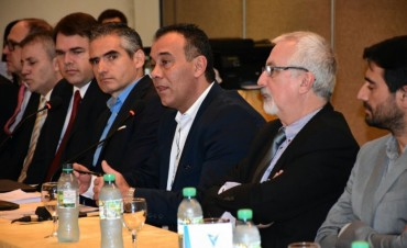 ADMINISTRACIONES TRIBUTARIAS DE TODO EL PAÍS DEBATEN EN CHACO UN NUEVO CLASIFICADOR DE ACTIVIDADES PARA LAS PROVINCIAS