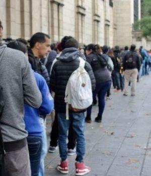 El desempleo aumentó fuerte frente a diciembre