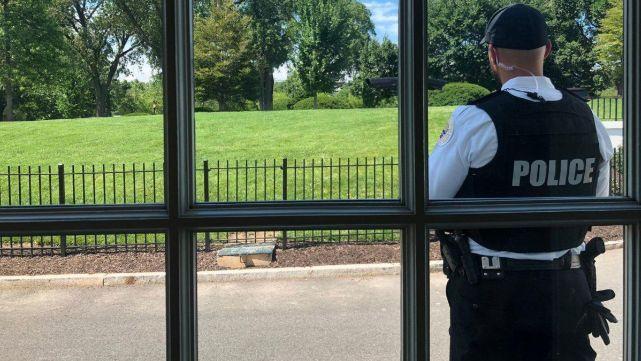 Cierran la Casa Blanca por presencia de paquete sospechoso