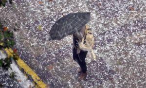 ¡El fin del mundo! Caos y destrozos por fuertes tormentas y enormes piedras de granizo