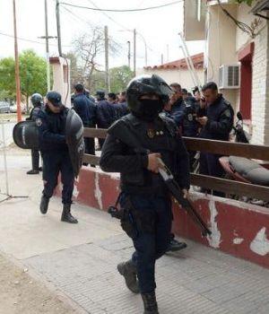 Siete policías detenidos por el crimen de la santiagueña de 17 años