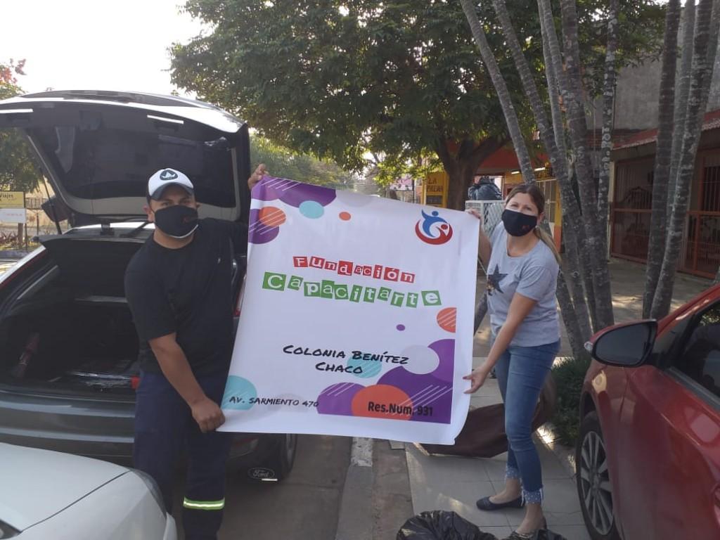 """Resistencia: El equipo de trabajo de """"Concertacion TOAS"""" , hizo entrega de ropa usadas a la fundación """"Capacitarte"""""""