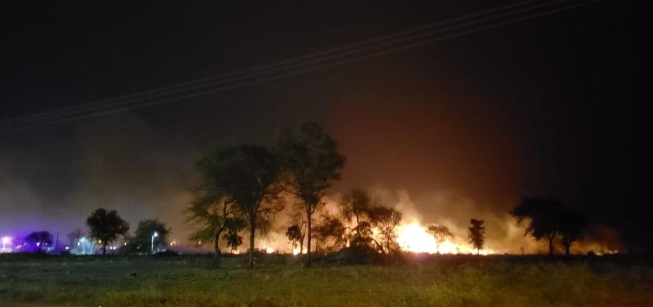 Otro gran incendio en Resistencia| Se quemaron 5 hectáreas en la Ruta 16: intervino Bomberos Voluntarios San Fernando, no hubo personas lesionadas