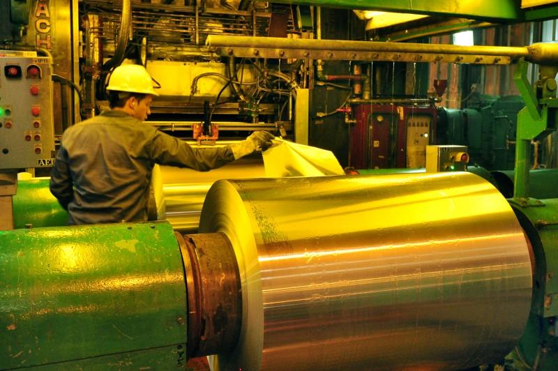Según FIEL, la actividad industrial creció 5% en junio y cerró el semestre con alza del 2,4%