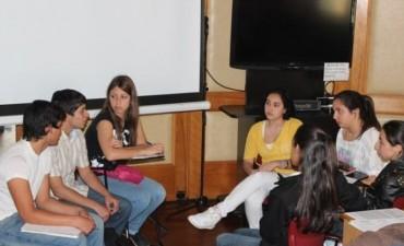GOBIERNO Y UNICEF PLANIFICAN FOROS DE DEBATE CON ADOLESCENTES
