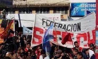 Federación SITECH denuncia que hubo descuentos sin causa a docentes chaqueños