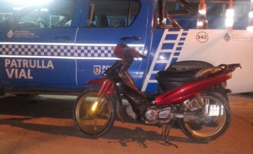 Patrulla de Caminera recupera moto robada