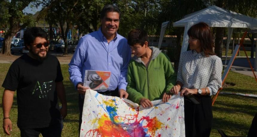 Capitanich destacó la participación de la gente durante los primeros días de la Bienal de Esculturas
