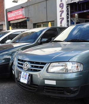 Se desplomó la venta de autos usados y advierten: