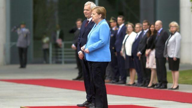 Merkel volvió a temblar