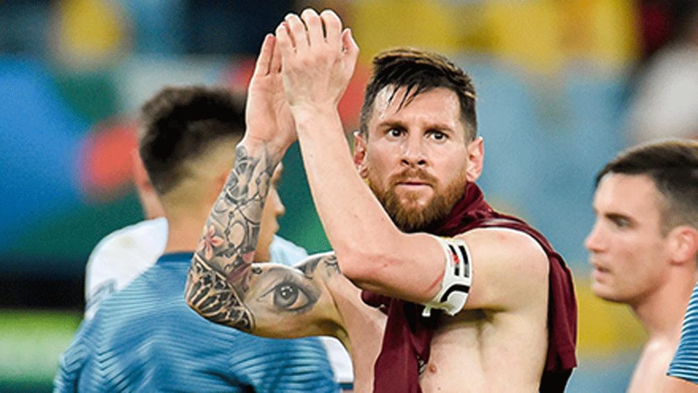 """Messi, contra el arbitraje: """"Nos inclinó la cancha mal"""""""