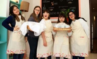 Peligra la continuidad de proyecto gastronómico de jóvenes con discapacidad