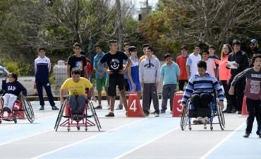Más de 250 jóvenes con discapacidad participaron de la instancia regional de atletismo de los juegos evita