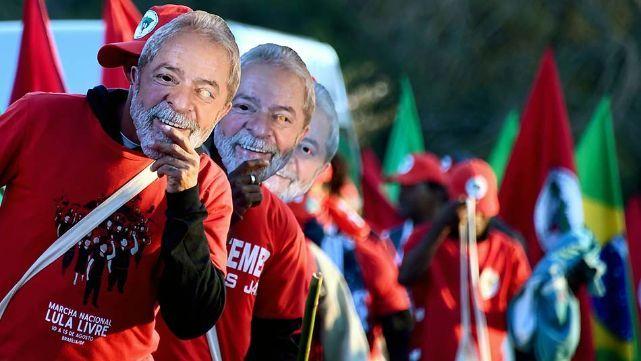 Es oficial: Lula, candidato a presidente
