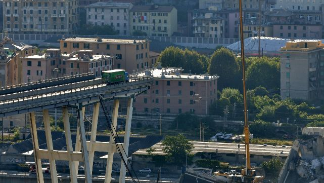 Las estremecedoras historias detrás del derrumbe del puente en Génova
