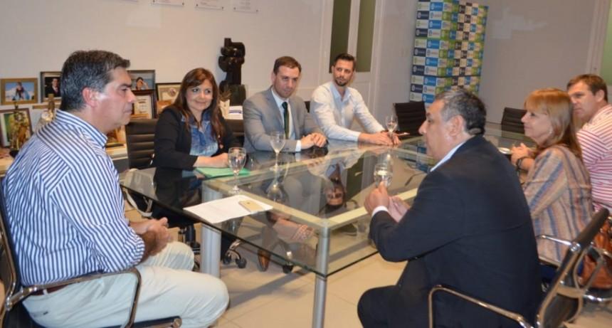 CAPITANICH COORDINÓ TRABAJOS CON REPRESENTANTES DEL ROTARY CLUB INTERNACIONAL