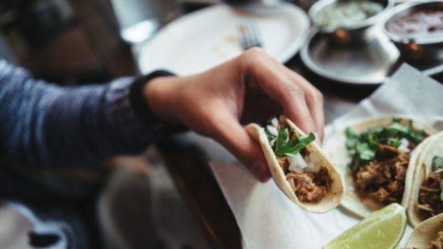 Desenlace fatal en plena competencia de comer tacos mexicanos