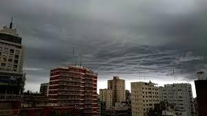 El servicio meteorológico nacional informa la aproximación de la tormenta de Santa Rosa