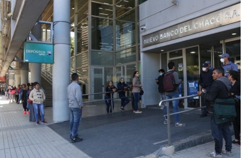 Nuevo Banco del Chaco: Este lunes continuará el cronograma de atención por caja humana a beneficiarios IFE