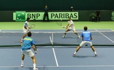Copa Davis: Argentina cayó ante Kazajistán en el dobles y quedó cerca del descenso