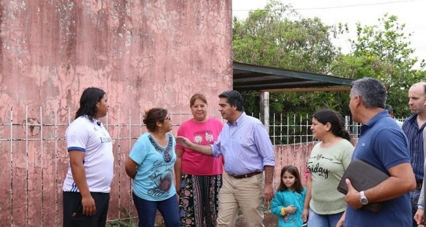 Capitanich superviso trabajos municipales y dialogó con vecinos de Villa Elba